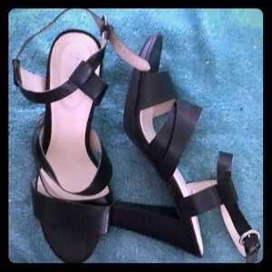Beautiful Black Ankle Strapped Open Heels. 8M